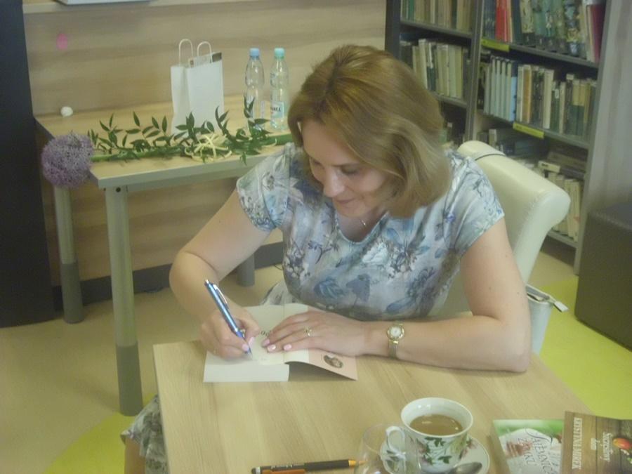 Spotkanie autorskie z Krystyna Mirek w lubawskiej bibliotece było cudowne.